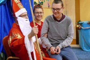 Św. Mikołaj wRegionalnej Placówce Opiekuńczo – Terapeutycznej wJarosławiu